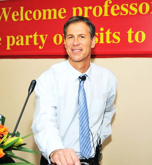 Dr Pascal Portanier in China